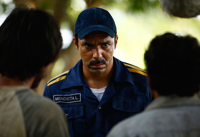 Vicente Peña encarna al policía Mendieta, que en los hechos reales se enfrentó a las fuerzas armadas y su versión oficial.