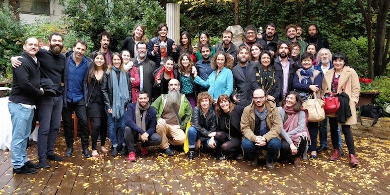 El grupo completo de participantes y asesores del 16º Curso de Desarrollo de Proyectos Cinematográficos Iberoamericanos.