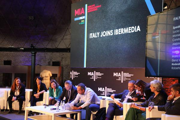 Italia joins Ibermedia. Firma del acuerdo.